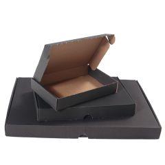 Svarta brevpack med låsning